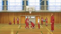 Ryuu helping Ritsuka up