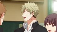 Yuki talking to his class mates (48)