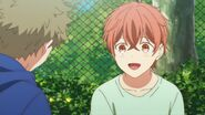 Mafuyu happy to pet a cat for the first time