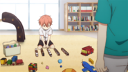 Mafuyu at Yuki's, playing with toys (40)
