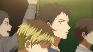 Yagi looking at Hiiragi (35)