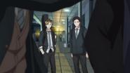 Hiiragi & Yagi watching Mafuyu & Yuki fighting