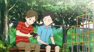 Yagi watching Hiiragi playing video game (43)