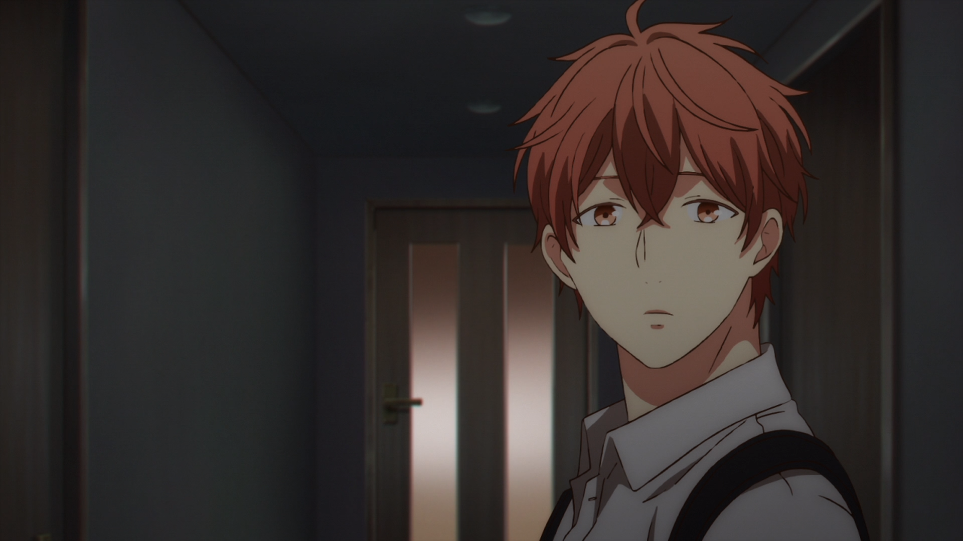 Mafuyu watching Ritsuka walking into the door (19).png