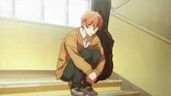 Mafuyu sleep sitting