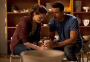 Glee-4-15-Girls-And-Boys-On-Film-Promotional-Photos-glee-33685086-960-664-600x415.jpg
