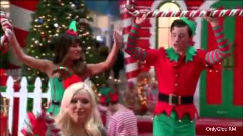 """GLEE_""""Here_Comes_Santa_Claus""""_(Full_Performance)_From_""""Previously_Unaired_Christmas"""""""