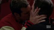 Kurtofsky kiss...png