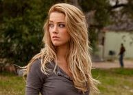 418240-frice angry+3d amber heard