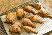 Making-gluten-free-fried-chicken-crispy