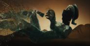 Cadavere talassa cade disfa liberando acque GoW Ascension