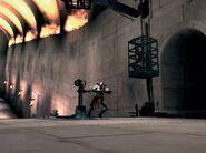Kratos bajando una de las jaulas