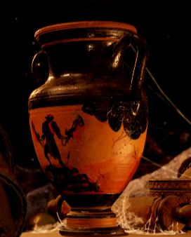 Kratos on Vase.png