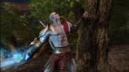 Kratos attacca