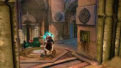 Kratos junto a un Cofre Destruido
