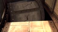 El rodillo callendo en un hoyo