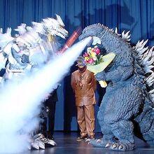 KiryuGoji fire extinnguisher breath.jpg