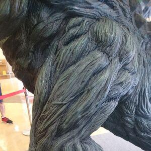 Godzilla Planet of the Monsters - Godzilla Statue - 00006.jpg