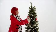 Holly in I Love Christmas Time (The Go!Go!Go! Show, Nick Jr.)