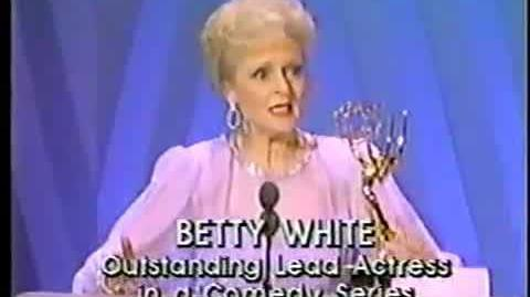 ★ Betty White ★ Receiving An Emmy Award For The Golden Girls ★ 1986 ★