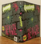 Beware grey spiderweb 1995 binder f + b