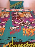 Curly Master Scaremonies duvet cover with pillow