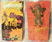 Pizza Hut Glow & Tell Card 3 Scarecrow f+b