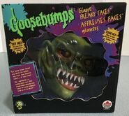 Haunted Mask Giant Freaky Faces Box front