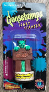 16 Horrorland Scary Stamper in pkg front