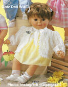 1986 KATE - Gotz Modell Play Doll - 22 Inch Soft-Bodied Baby Doll - WEICHBABY 51067 - Brown Hair - Brown Eyes - Yellow Dress with White Knit Eyelet Sweater