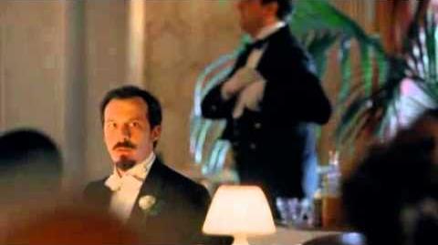 Gran_Hotel_-_Sofía_y_el_padre_Grau_se_besan