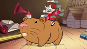 S1e11 Mabel riding hamster.png