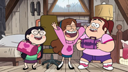 Short9 grenda and candy