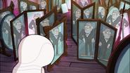 S1e11 stan in mirror maze