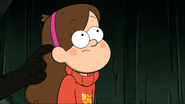 S2e6 tapping mabel shoulder