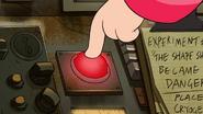 S2e2 red button