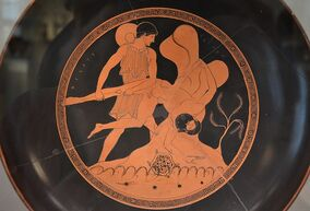 Drinking bowl, Theseus plunges Sciron into the sea, from Vulci (Italy), attributed to the painter Douris, around 480 BC, Altes Museum Berlin (13718490173).jpg