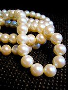 210px-White pearl necklace