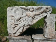 800px-Goddess Nike at Ephesus, Turkey