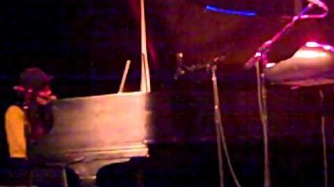 """Julian Darling"" - Elizabeth & the Catapult"