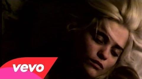 """""""Lost In My Bedroom"""" - Sky Ferreira"""