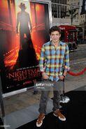 Actor-parker-bagley-arrives-at-the-los-angeles-premiere- 003