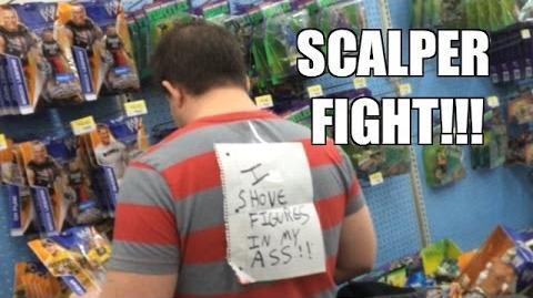 WWE ACTION INSIDER- Scalper Fight! Walmart Figure aisle Mattel Elites T-Shirt series