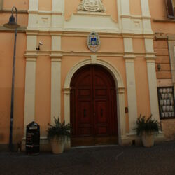 Palazzo Ariosti.jpg