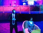 Niko és Carmen a The Triangle Clubban
