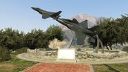 FortZancudo-GTAV-Statue