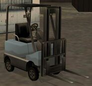 508px-Forklift-GTASA-front