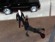 Brucie és Niko, miután szétvertek egy taxist