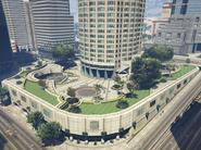 MazeBankTower-GTAV-Gardens