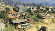 LakeVinewoodEstates-GTAV-Overview